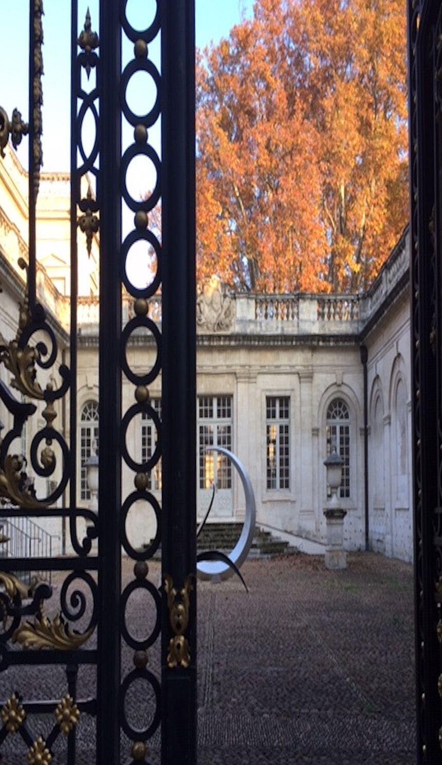 Experience Art Travelling Provence Avignon Courtyard
