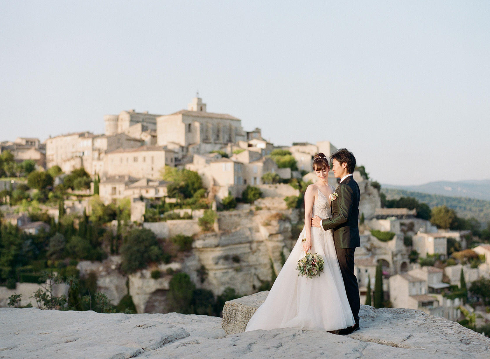 Et Voila Weddings Romantic-Gordes-Luberon