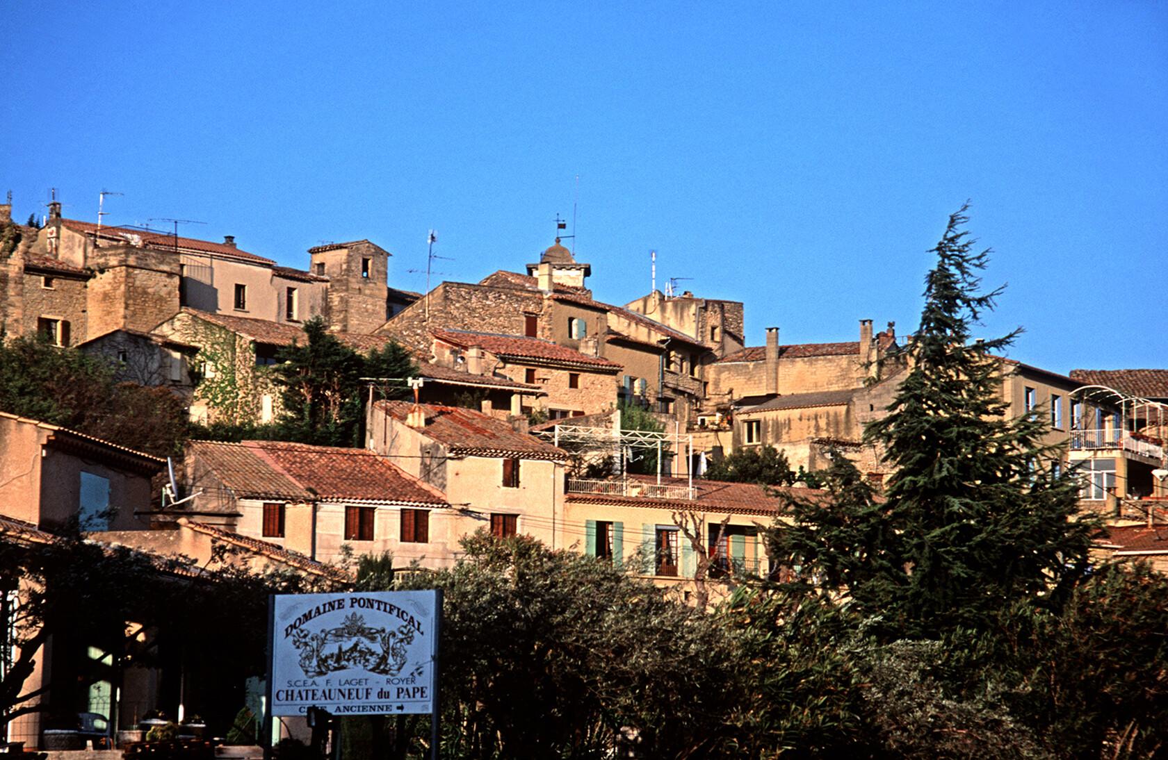 Chateauneuf du Pape Village