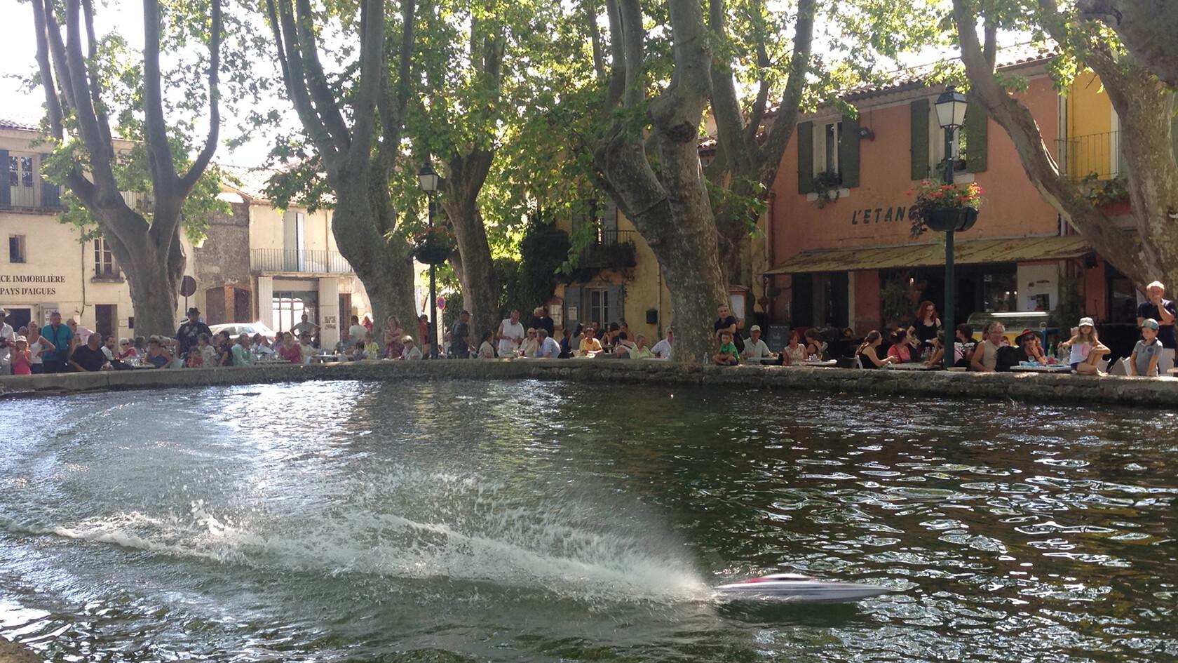 Cucuron model boats Provence Rentals