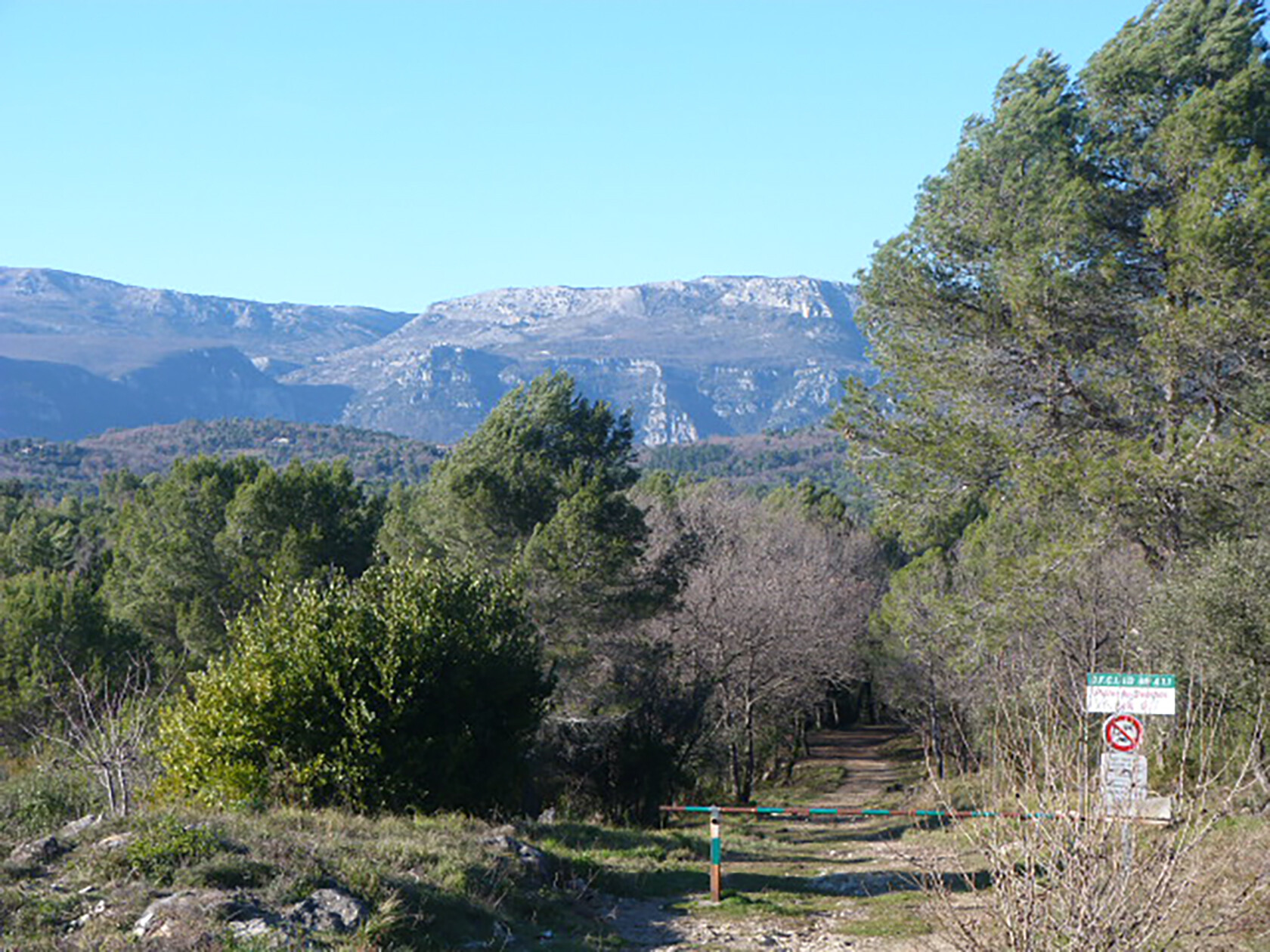 Hiking trails Roquefort les Pins Living