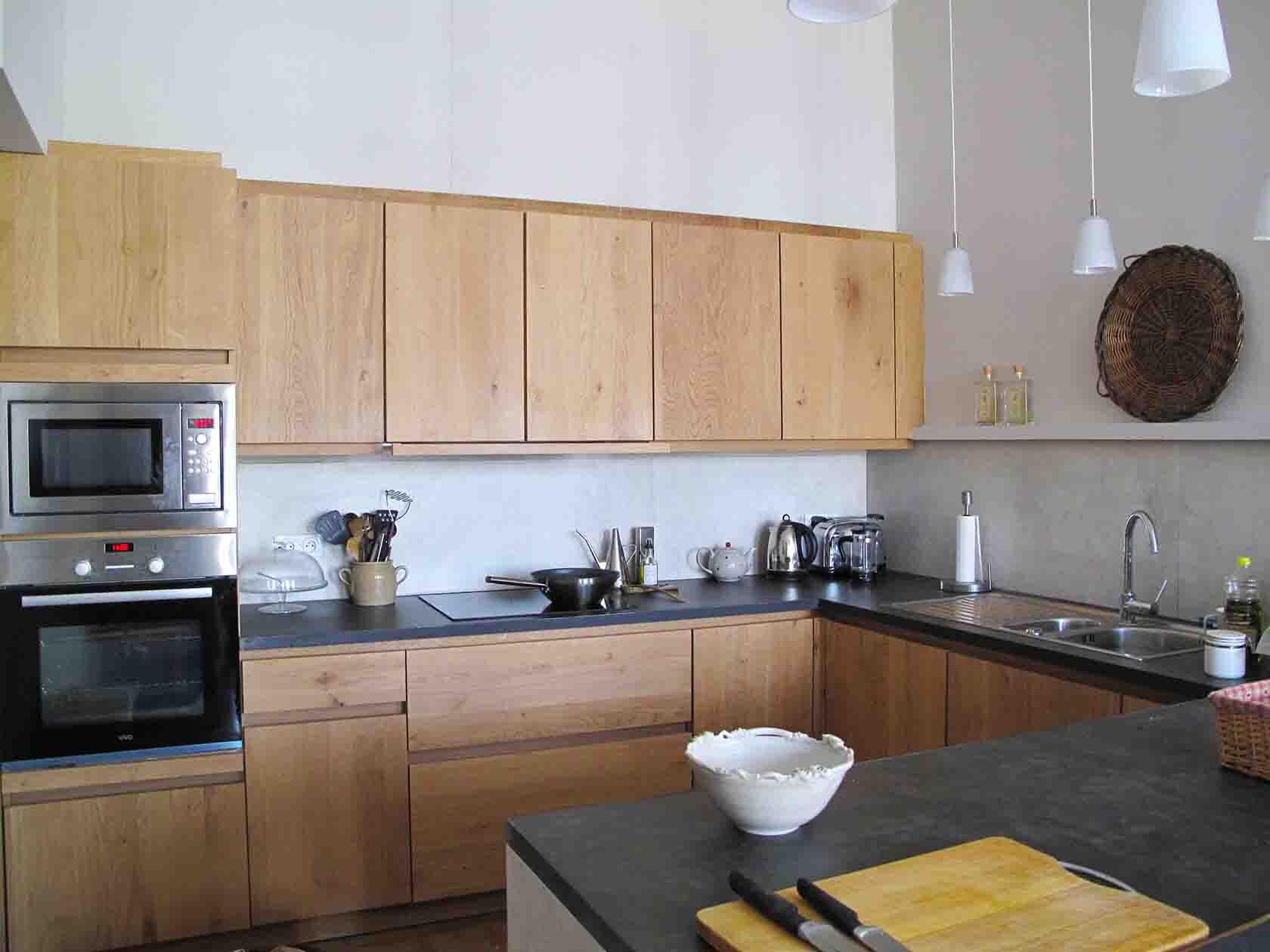 Uzes Holiday Apartment Rental kitchen