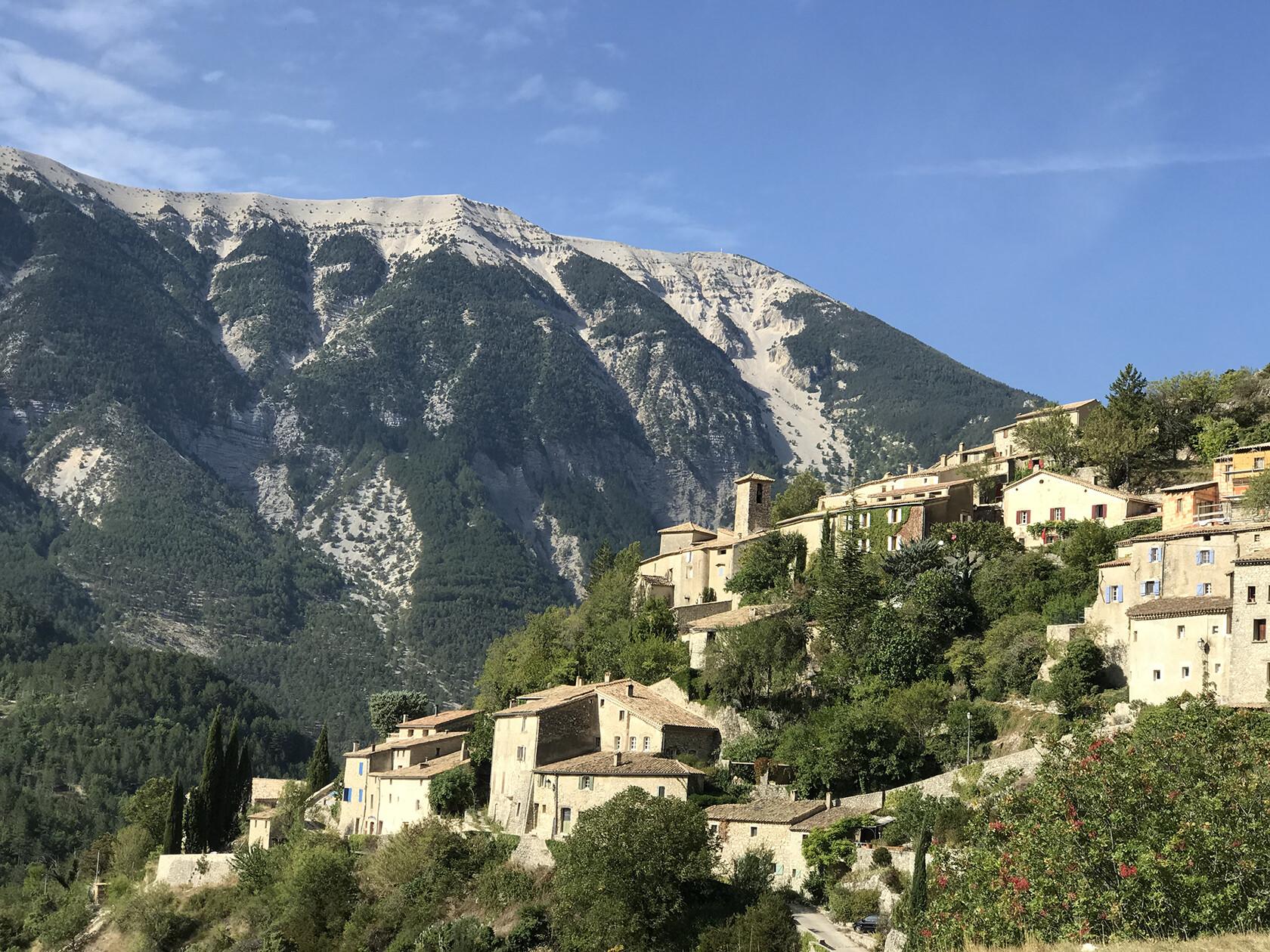 Brantes Gardens Villages Visit Provence Spring YPP