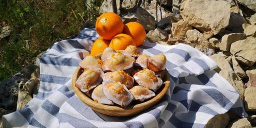 Madeleines Made Orange Blossom Water Madeleines à la fleur d'oranger