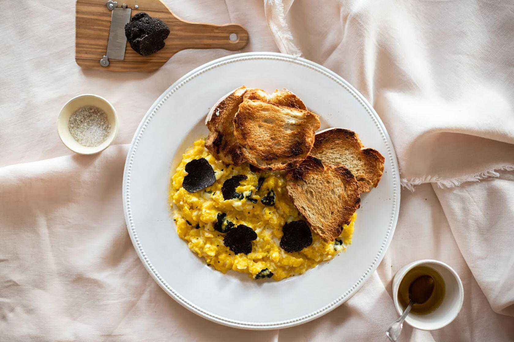 Scrambled Eggs Truffles Aups Provence Mirabeau en Provence