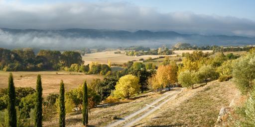 Charming Reillanne Luberon Village