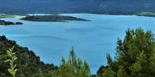 5 Parks French Riviera Vue sur le Lac de Sainte-Croix dans le Verdon en @Di Duca.M